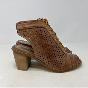Chinese Laundry Women's Brown Heels Size 6.5